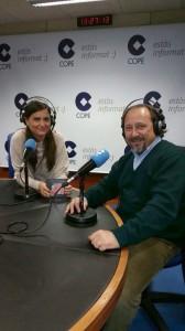 """Toni Subirana amb Montse Rodríguez a el programa """"El matí"""" de COPE Catalunya i Andorra."""