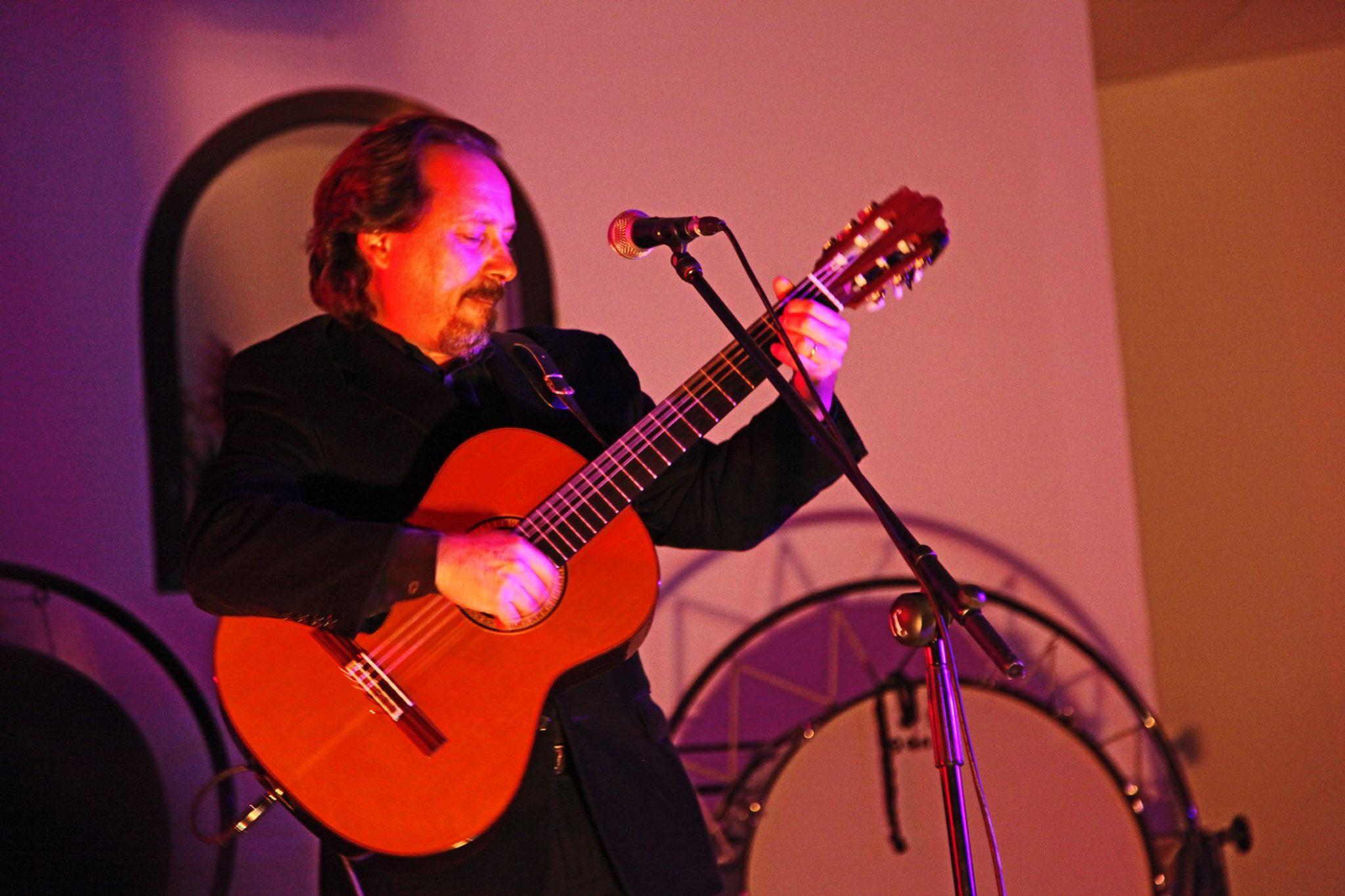Toni Subirana en concert